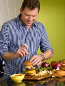 http://www.foodnetwork.com/recipes/bobby-flay/crunchburger-aka-the-signature-burger-recipe.html